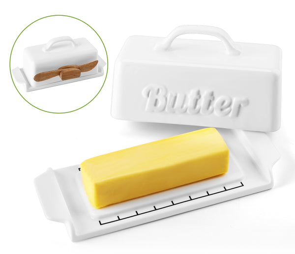 DOWAN Mini Butter Dish with Lid, Porcelain Butter Keeper with Wooden Knife, Set of 1