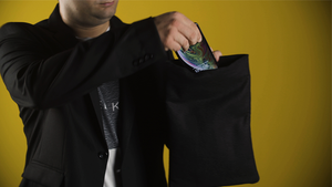 Invisibag (Black) by Joao Miranda and Rafael Baltresca