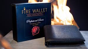 Professional's Fire Wallet- Gimmick + Instructions