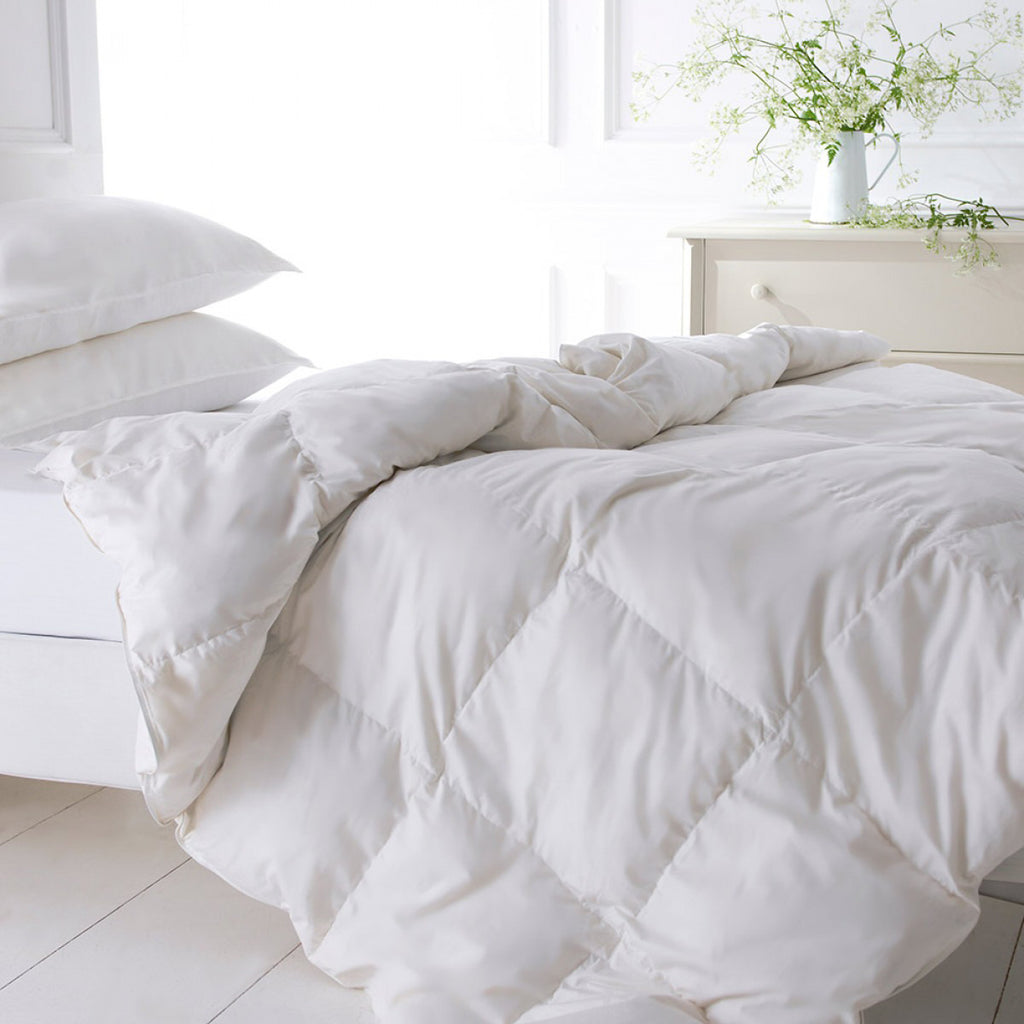 100% Hungarian Goose Down Duvet (Gold)