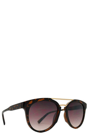Retro Aviator With Brow Bar Plastic Sunglasses