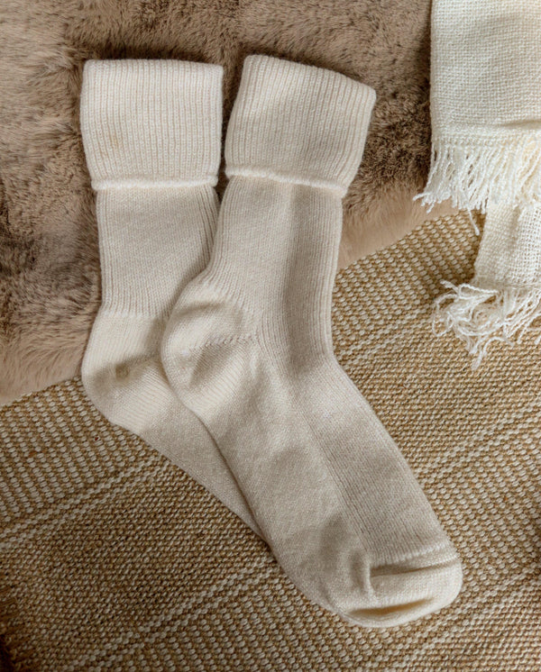 Rosie Sugden Socks Winter White Cashmere Socks