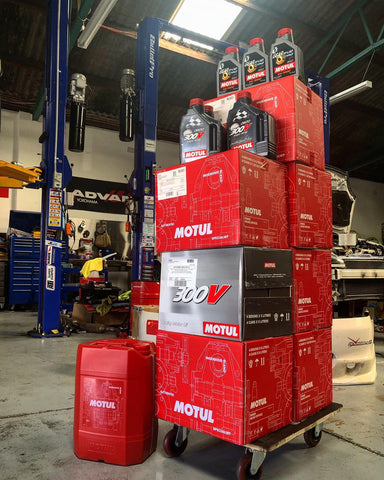 Motul, H-Tech 100 Plus 5W30 Synthetic Oil - Race Division