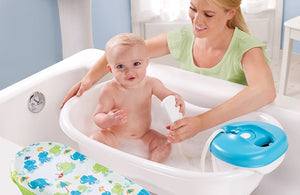 NEWBORN-TO-TODDLER BATH & SHOWER CENTER