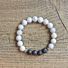 Howlite Aromatherapy Essential Oil Diffuser Bracelet (8mm beads)