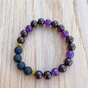 Garnet and Amethyst Aromatherapy Essential Oil Diffuser Bracelet (8mm beads)