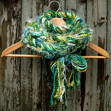 Load image into Gallery viewer, Braided Lariat Scarf - Shamrock