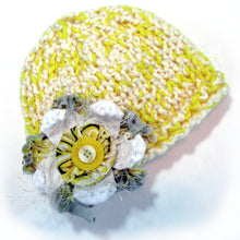 Load image into Gallery viewer, Photo Prop Newborn Hats - Lemon Drop