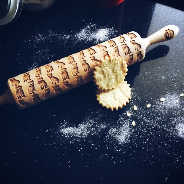 ENGLISH BULLDOG ROLLING PIN - pastrymade