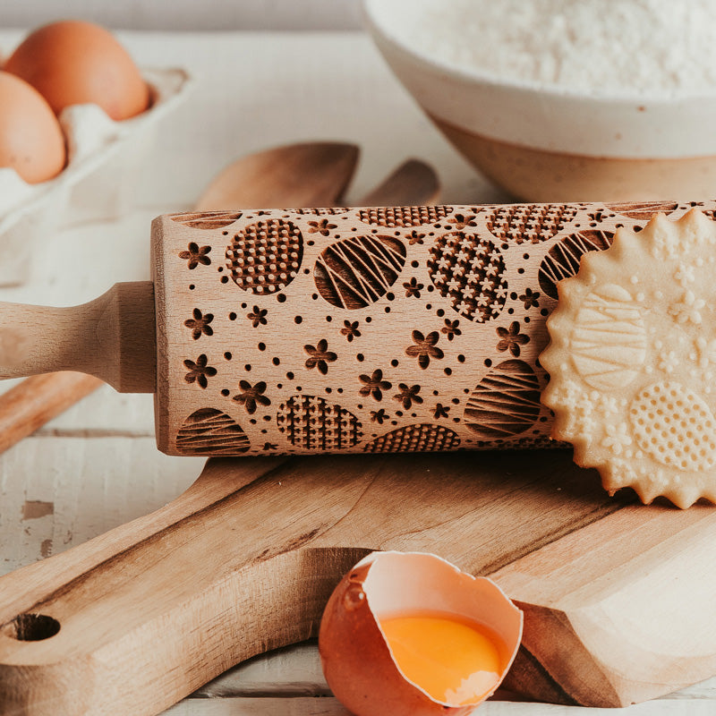 EASTER EGGS ROLLING PIN