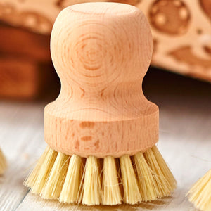 Eco Brush, a perfect brush for an easy and quick cleaning for your pin!