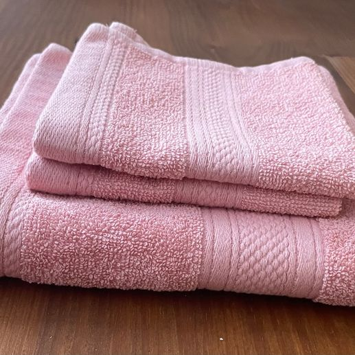 550g Cotton Towels, Pink - 2 Face Cloths & 1 Hand Towel
