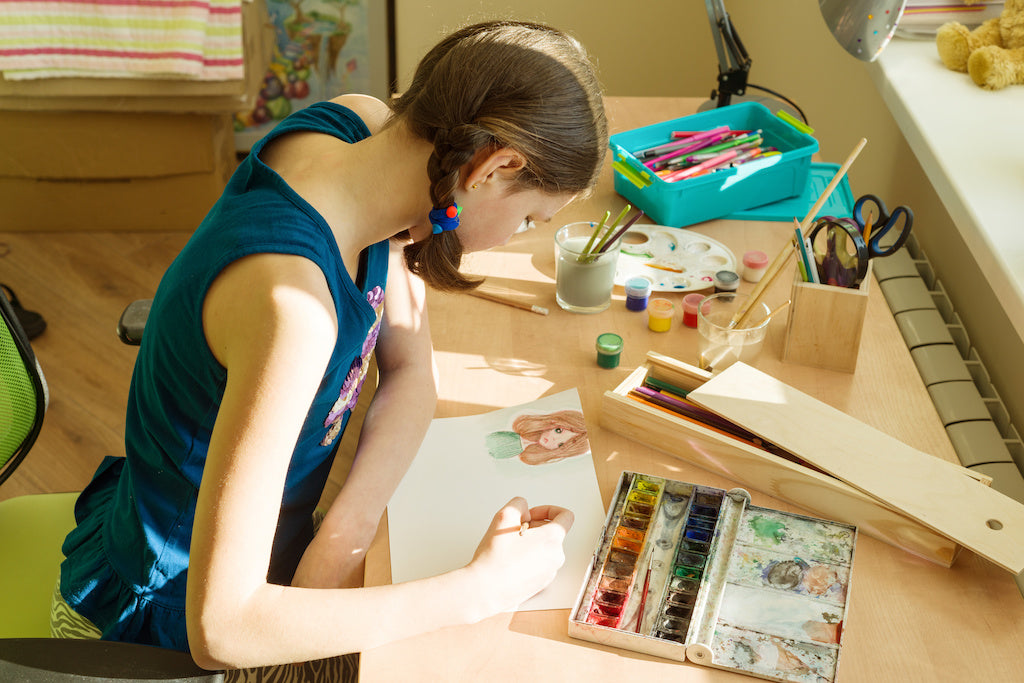 I Create Art Box. Online art class for kids & monthly art box subscription.