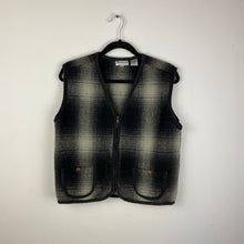 Load image into Gallery viewer, Vintage plaid zippered vest