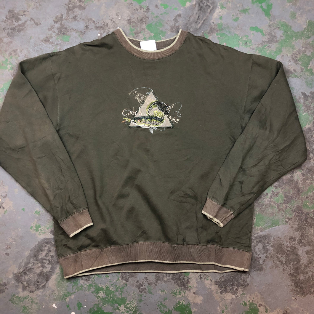 Catch and release ! Embroidered Crewneck