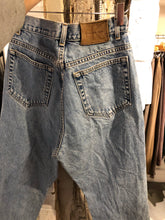 Load image into Gallery viewer, Calvin Klein High-waisted Denim