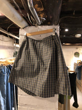 Load image into Gallery viewer, Plaid Skort