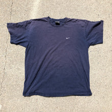 Load image into Gallery viewer, 90s faded Nike t shirt