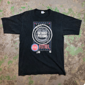 Heavy weight Detroit pistons t shirt