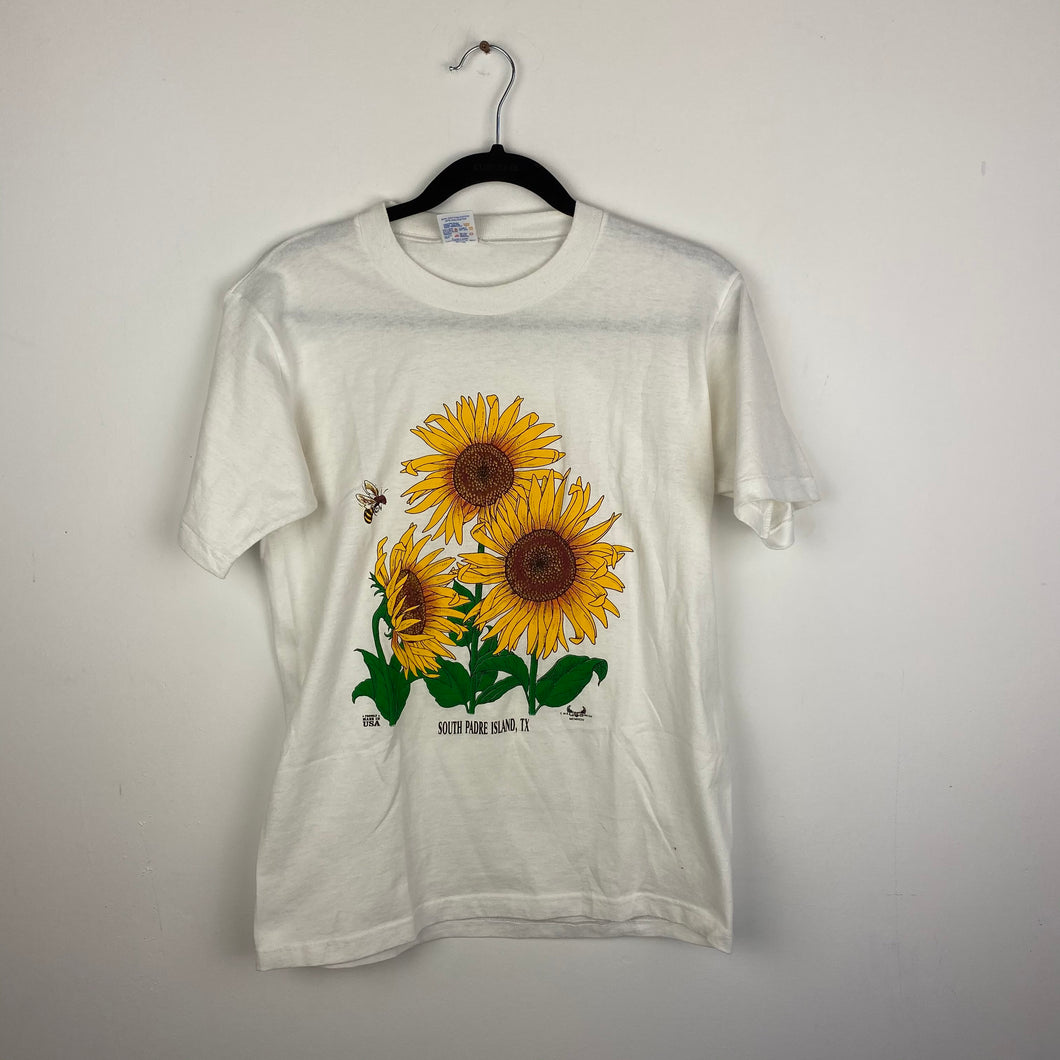 Single stitch daisy t shirt