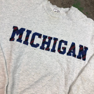 Heavy weight Michigan spell out
