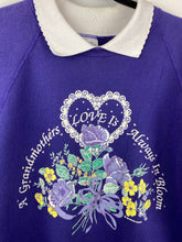 Load image into Gallery viewer, Vintage Grandmothers Love collared crewneck