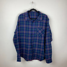 Load image into Gallery viewer, 90s plaid shirt