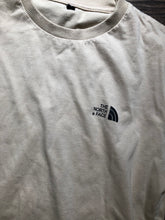 Load image into Gallery viewer, North face T Shirt