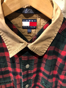 Tommy Button up