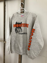 Load image into Gallery viewer, Hooters Crewneck