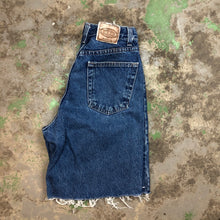 Load image into Gallery viewer, Vintage Sonoma denim shorts