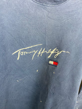 Load image into Gallery viewer, Vintage embroidered Tommy crewneck