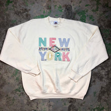 Load image into Gallery viewer, Creme NewYork Crewneck