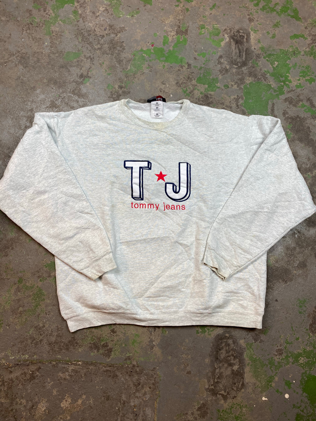 90s bootleg heavy weight Tommy crewneck