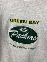 Load image into Gallery viewer, 1990s embroidered Green Bay Packers crewneck