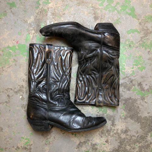 Leather men's cowboy boots