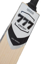 Load image into Gallery viewer, Pro Series Cricket Bat