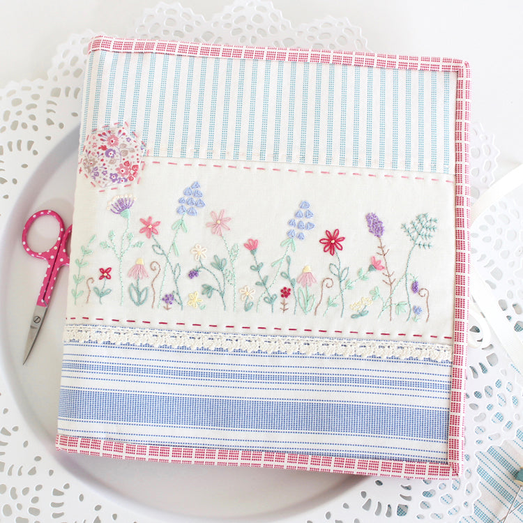 Simple Sewing Folder - Molly & Mama Designs