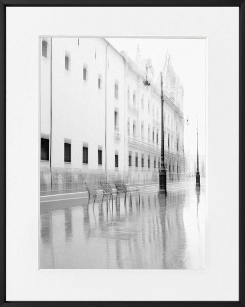 Ivailo Stanev-Álvarez-E#Motion-La calle--limited editions-Monochrome Hub-Gallery for Fine Art Photography