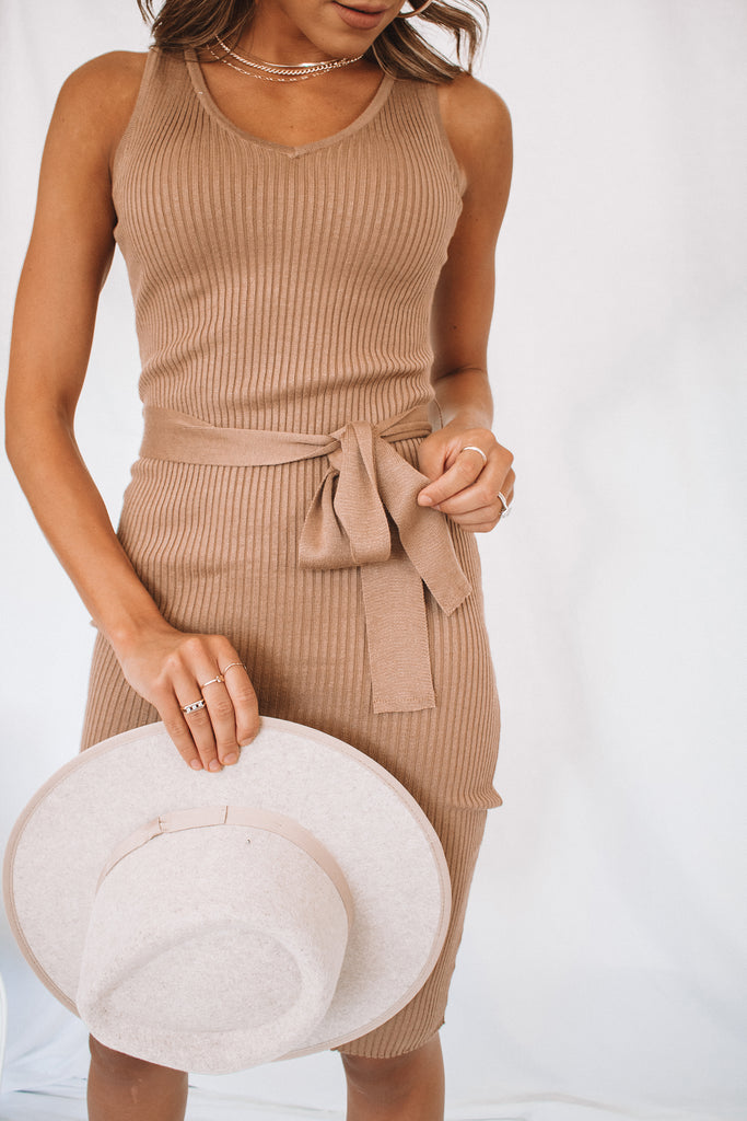 Gwen Ribbed Midi Dress