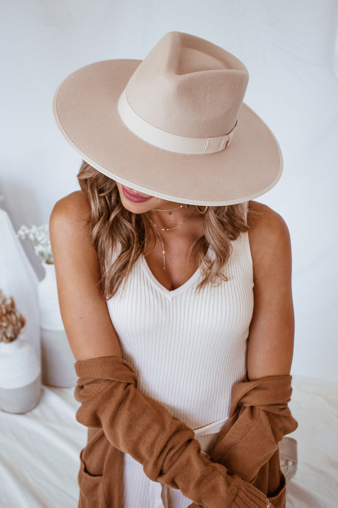 The Scottie Wide Brim Hat - Beige