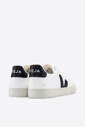 Veja - Campo ChromeFree Leather Sneaker, Extra White Black