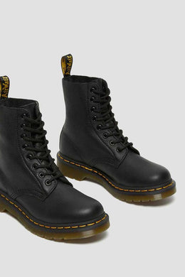 Dr Marten - 1460 8 Eye Pascal Virginia Leather Boot, Black