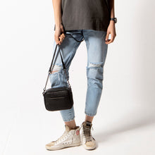 Status Anxiety - Cult Bag, Black Bubble