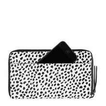 Status Anxiety - Delilah Wallet, Snow Cheetah