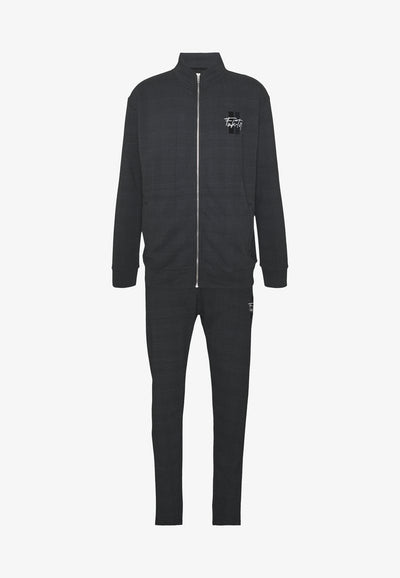 FAKTOR CHECKED MEN TRACK SET - Tracksuit for Casual Wear