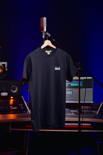 Inside Audio MIDI-Keyboard shirt