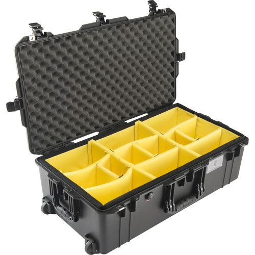 Pelican 1615 Air WD with padded dividers
