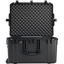 Pelican 1637Air WD with padded dividers