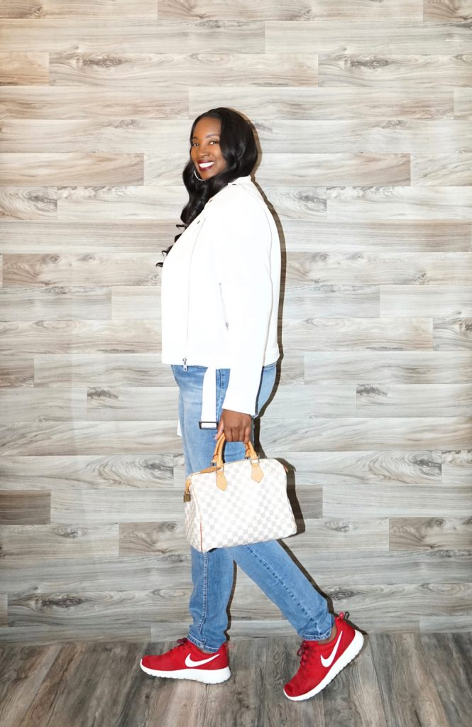 Tanasha from Pretty Tall Style wearing the Amalli Talli Blakely Skinny Jeans in Medium Wash